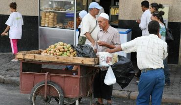 tunis-vendeur-de-figues-de-barbarie